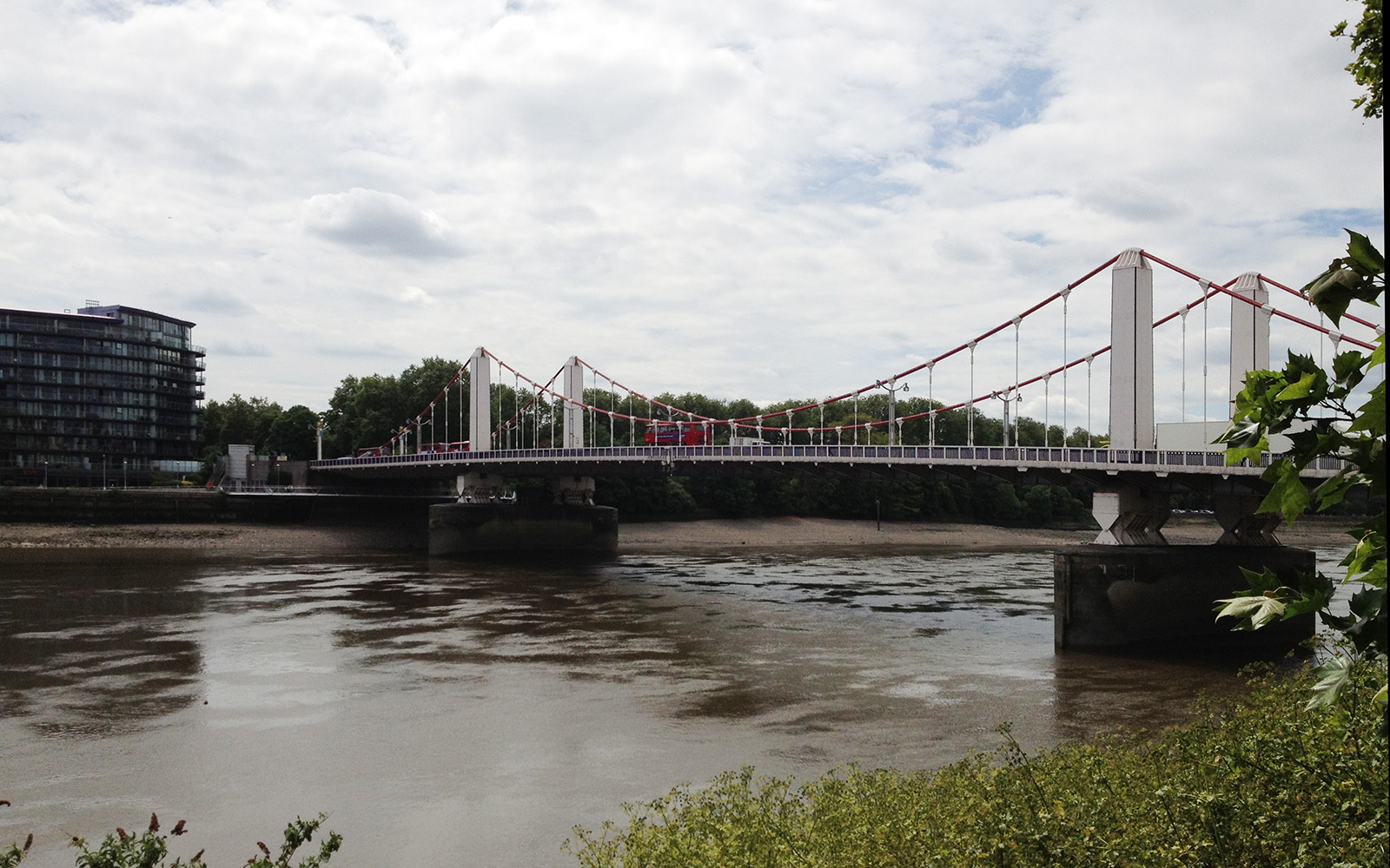 Chelsea Bridge, 25 May 2015