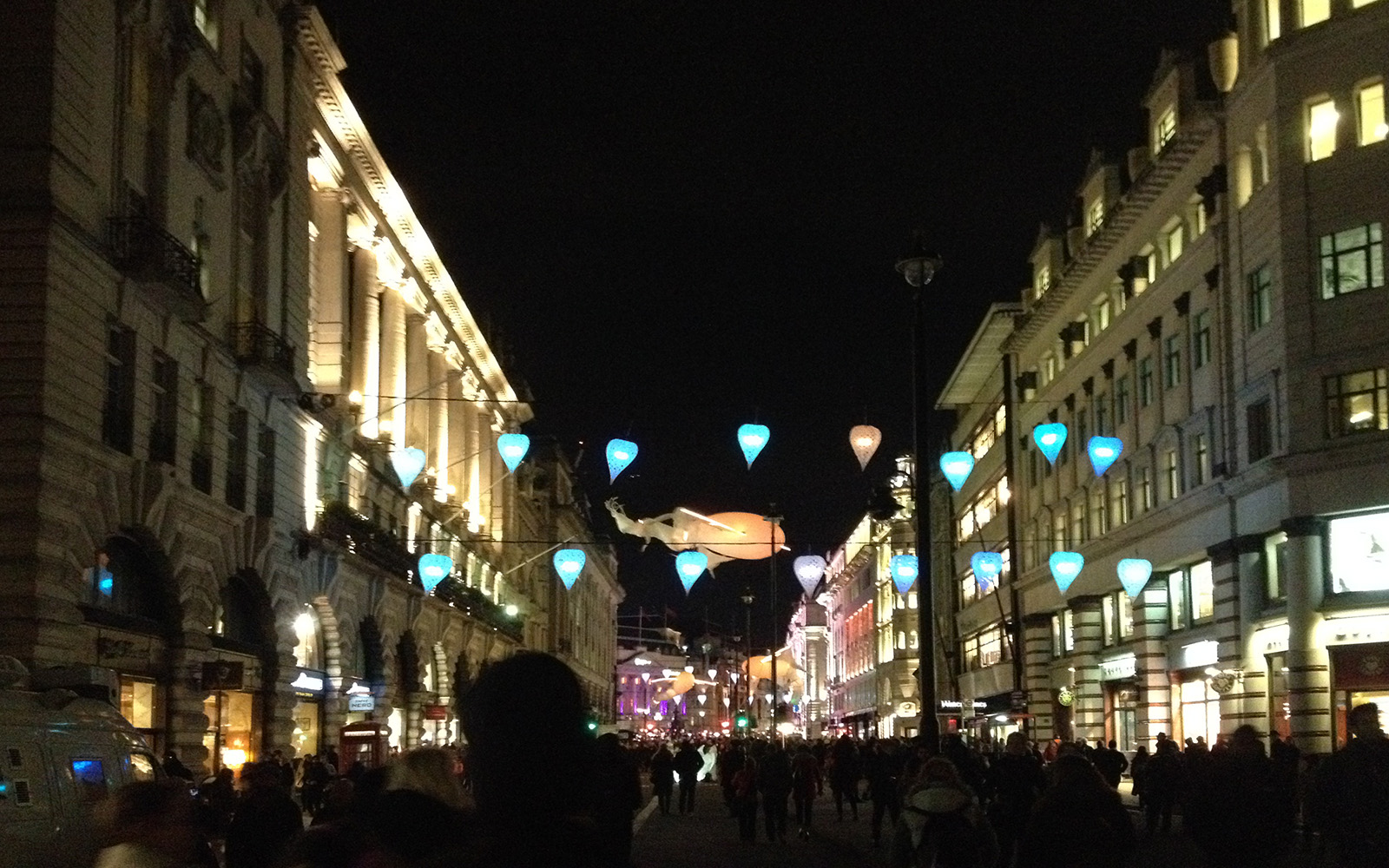 Piccadilly Street London, Lumiere